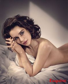 Emilia Clarke Named Sexiest Woman Alive By 'Esquire' - See Her Sexy Photos!: Photo Emilia Clarke bares her body while being named Sexiest Woman Alive by Esquire magazine for their November 2015 issue, on newsstands October Here's what the… Emilia Clarke Sexy, Emelia Clarke, Penelope Cruz, Selena Gomez, Game Of Thrones, Daenerys Targaryen, Khaleesi, Kendall Jenner, Sexy Women