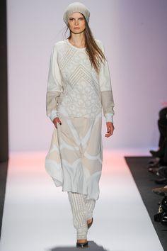 BCBG Max Azria Fall 2013 Ready-to-Wear Fashion Show - Nikola Romanova