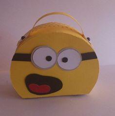 Despicable Me, lunch box? Minion Bag, Minions Love, My Minion, Despicable Me Party, Minions Despicable Me, Minion Party, Foam Crafts, Crafts To Make, Crafty Craft