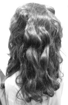 Haarverlängerung mit Microrings Long Hair Styles, Beauty, Long Hairstyle, Long Haircuts, Long Hair Cuts, Beauty Illustration, Long Hairstyles, Long Hair Dos