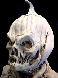 Caliban v/s Ferdinand - Interesting pumpkin mask. I love the melted-looking bits.