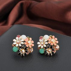 Buy Enumu Multi Color Metal Flower Stud Earrings online in India at best price. Danty Necklace, Jewelry Accessories, Jewelry Design, Fashion Jewelry, Women Jewelry, Fancy Jewellery, Necklace Online, Necklace Designs, Jewelry Collection