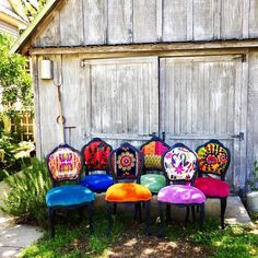 Eclectic Boho Dining Chairs - Home Professional Decoration Funky Home Decor, Eclectic Decor, Home Decor Styles, Diy Home Decor, Room Decor, Eclectic Bedrooms, Eclectic Dining Chairs, Funky Bedroom, Funky Chairs