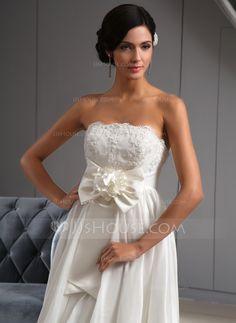 Forme Princesse Sans bretelle Traîne asymétrique Taffeta Robe de mariée avec Dentelle Fleur(s) À ruban(s) (002022672) - JJsHouse