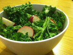 There are lots of questions that you might ponder when tempted to make a salad. Some are easy to answer. Should I add fruit? (Answer: No.) Others are more complicated. When should I dress the salad? (Depends on what's in it.) But the most important of these questions concern the...