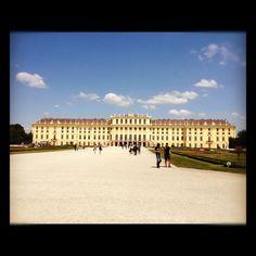 Schonnbrunner Schloss, Vienna, Austria  Love this place