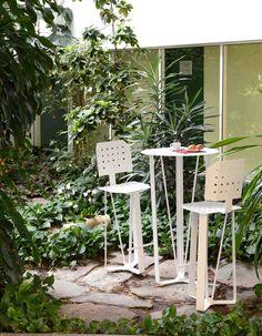 Eden, mobilier design haut de gamme en tôle emboutie, fabriqué par Metal Design Concept, dessiné par BP Design. Talents de Saint-Etienne.