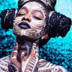 Lovely body art by Model: Photography: – Body Painting African Beauty, African Art, African Tribal Makeup, African Tribal Tattoos, Tribal African, Tribal Women, African Style, Art Africain, Afro Punk