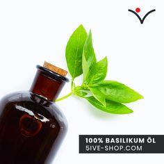 !JETZT NEU! 100% naturreines Basilikum Öl ✨🍀😊 Entdecke die wunderbare Wirkung von Basilikum Öl! #5iveShop #ätherischeöletipps #aromatherapy #aromatherapie #Gesundheit #gesundleben #basilikum #essentialoil Basil Oil, Perfume Bottles, Good Things, Losing Hair, Health, Tips, Perfume Bottle