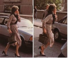 Lady Diana covers her face with the palm of her hand as she runs away from paparazzi photographers who camped outside her flat in Coleherne Court, London, on September 1980 Princess Diana Rare, Princess Charlotte, Princess Of Wales, Real Princess, Lady Diana Spencer, Spencer Family, Princesa Diana, Prince Phillip, Prince Charles