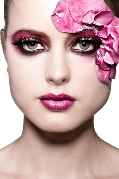 creative makeup - flower inspired