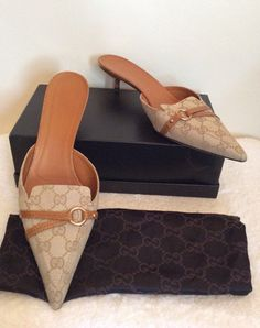 367567a192b IMMACULATE AS NEW GUCCI BEIGE   TAN MONOGRAMED SLIP ON HEELED MULES SIZE  7.5 41