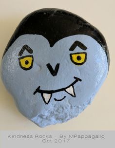 Painted Rock Animals, Painted Rocks Craft, Hand Painted Rocks, Rock Painting Patterns, Rock Painting Ideas Easy, Rock Painting Designs, Stone Art Painting, Autumn Painting, Halloween Rocks