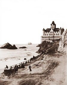 San Francisco, California: The Cliff House. The story / legend behind this photo is said to be that the woman riding sidesaddle set up the photograph, she was believed to be an infamous free spirit. Cliff House San Francisco, San Francisco City, San Francisco California, Old Pictures, Old Photos, Vintage Photos, San Francisco Earthquake, Historical Architecture, Ocean Beach