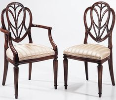 Hepplewhite Shield Back chair with reeding on the front legs.
