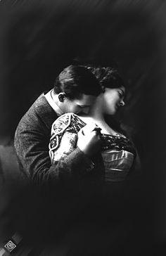 Chronology of a kiss ... The subtle approach ....