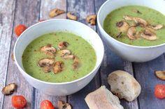 Broccoli Zucchini Soup Recipe With Spicy Mushrooms – – Hildred Lefebure - Detox Recipes Vegan Soup, Healthy Soup, Soup Recipes, Vegan Recipes, Cooking Recipes, Zucchini Soup, Good Food, Yummy Food, Halloumi