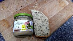 Aufstrich aufs Brot und gut ist ;)  http://blauezitrone.blogspot.de/2014/11/vegan-wednesday-nr-116.html