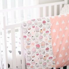 #littlesmilemakers cupcakes baby blanket! So cute isn't is? #baby #home #homedecor #nursery #spoonflower #fabric #fabricdesign #cupcakes