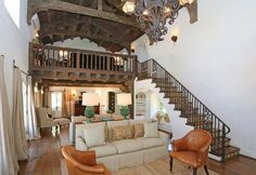 reese witherspoons house.... love it!