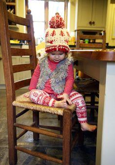 Christmas Aurora Little Girl Leggings, Little Girl Outfits, Little Girls, Child Fashion, Toddler Fashion, Adorable Babies, Cute Kids, Kid Swag, Winter Beauty