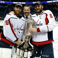 When the Washington Capitals began the Stanley Cup Playoffs in April, goaltender Braden Holtby was on the bench after struggling late in the regular season.On Wednesday, with his game back in fine form, Holtby was on the podium. Stanley Cup 2018, Stanley Cup Playoffs, Stanley Cup Finals, Stanley Cup Champions, Caps Hockey, Hockey Goalie, Hockey Teams, Hockey Stuff, Hockey Mom