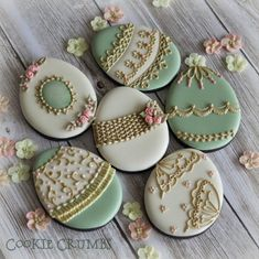 Easter egg cookies By Mintlemonade(cookie crumbs)    My Facebook page: https://www.facebook.com/mintlemonadecookie My flickr page: http://www.flickr.com/photos/mint_lemonade/