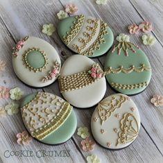 Easter egg cookies By Mintlemonade(cookie crumbs)    My Facebook page: https://www.facebook.com/mintlemonadecookie My flickr page: http://www.flickr.com/photos/mint_lemonade/