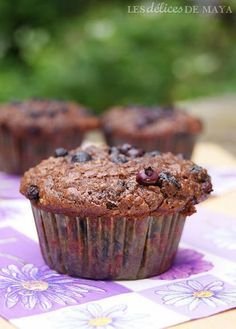 These Paleo Zucchini Bread Muffins taste just like your favorite zucchini bread just without grains, refined sugar, or dairy. Peach Muffins, Banana Nut Muffins, Oatmeal Pancakes, Breakfast Muffins, Paleo Breakfast, Breakfast Recipes, Peach Muffin Recipes, Zucchini Bread Muffins, Spiced Peaches