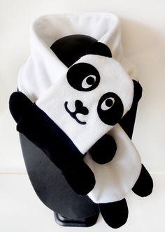 Fleece scarf black and white panda