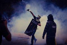 Fuerte la represión en la entrada de la UCV 3A