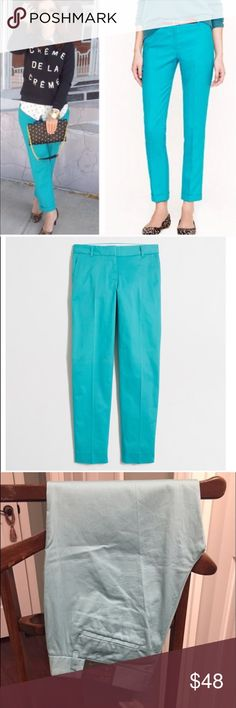"""{J.Crew} skimmer pants in mint // NWT Cotton with a hint of stretch. Sits just below waist. Fitted through hip and thigh, with a straight, cropped leg. 26"""" inseam. Slant pockets. Machine wash. Import. NEW WITH TAGS CONDITION. Selling mint color ones! J. Crew Pants Ankle & Cropped"""