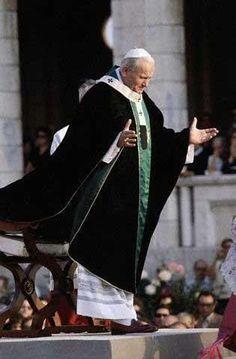Saint John Paul II black white ad mix blue and green= hazel Saint Jean Paul Ii, Pape Jean Paul Ii, St John Paul Ii, Saint John, Paul 2, Catholic Art, Catholic Saints, Roman Catholic, Pope John