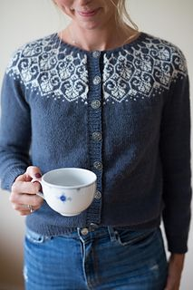 Ravelry: Lotusblomstkofte / Lotus flower jacket pattern by Marianne J. Bjerkman Pattern is available in English and Norwegian, both versions will made available upon purchase. Fair Isle Knitting Patterns, Sweater Knitting Patterns, Cardigan Pattern, Jacket Pattern, Knitting Designs, Knit Cardigan, Drops Karisma, Raglan Pullover, Icelandic Sweaters