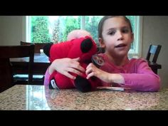 8 years old Emma is reviewing inexpensive toys including Pee Wee Pillow . She has strong opinions on what she likes and what she dislikes about Pee Wee Pillow.  To read a full written review go to Cheapism.com:  http://www.cheapism.com/toy-pets
