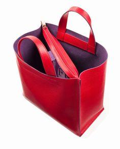 Летний дождь: Тс-с-ссс.... Leather Purses, Leather Handbags, Tote Backpack, Leather Bags Handmade, Big Bags, Shopper Bag, Beautiful Bags, Womens Tote Bags, Fashion Bags
