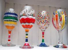 India Art n Design inditerrain: DIY Hand-painted Wine Glasses Birthday Wine Glasses, Wine Bottle Glasses, Diy Glasses, Champagne Glasses, Liquor Bottles, Wine Decanter, Wine Glass Crafts, Wine Bottle Crafts, Wine Craft