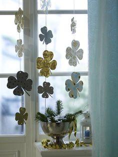 Glücksklee aus Geschenkpapier - Wohnidee
