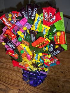 Tutorial on how to make a candy bouquet. A cute gift for someone extra sweet!