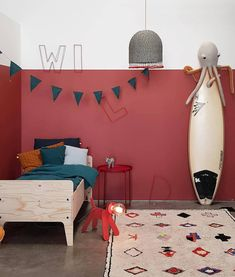 So far in the Petit and Small colour series we have looked at how to use green and yellow in children's spaces. Today we are looking at the best ways of using red in a kids room. Red is known to be a warm colour. It has the ability to make a space feel … Accent Wall Bedroom, Bedroom Red, Boys Bedroom Decor, Bedroom Ideas, Red Kids Rooms, Red Rooms, Surf Decor, Red Walls, House And Home Magazine
