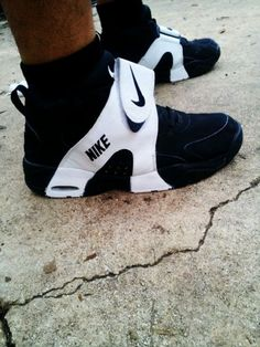 a56e1babb895 Nike Air Veer - Black and White 90s Basketball Shoes