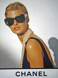 Chanel Spring 1991…………with Linda Evangelista
