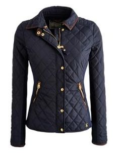 Joules Women's Jersey Ribbed Quilted Jacket, Marine Navy. The ribbed jersey side panels and curved hem of this quilted jacket give it a figure flattering shape. Neat and fitted it has smart gold poppers, suedette trims and a photographi Winter Wear, Autumn Winter Fashion, Pretty Outfits, Winter Outfits, Joules Clothing, Preppy Style, My Style, Jackets For Women, Clothes For Women