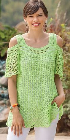 Ravelry: Peekaboo Shoulder Top pattern by Patricia Bonghi