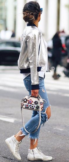 cute street style outfit / bomber + bag + rips