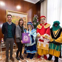 Acompañando a los Pajes de los Reyes Magos.  http://www.josemanuelprieto.es