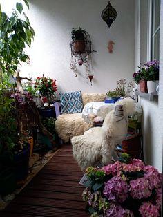 Shag Rug, Rugs, Home Decor, Shaggy Rug, Farmhouse Rugs, Decoration Home, Room Decor, Blankets, Home Interior Design