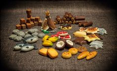 Pinner: the whole set for Robinson Crusoe.