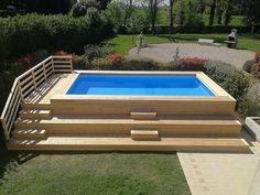 26 Piscina fuori terra rivestita in larice Misure Above Ground Pool Landscaping, Backyard Pool Landscaping, Backyard Pool Designs, Small Backyard Pools, Above Ground Pool Decks, Small Pools, Ponds Backyard, In Ground Pools, Swimming Pool Images