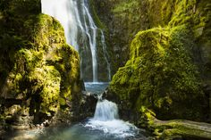 This gorgeous road weaves through some of Oregon's most amazing scenery, passing stunning waterfalls along the way.